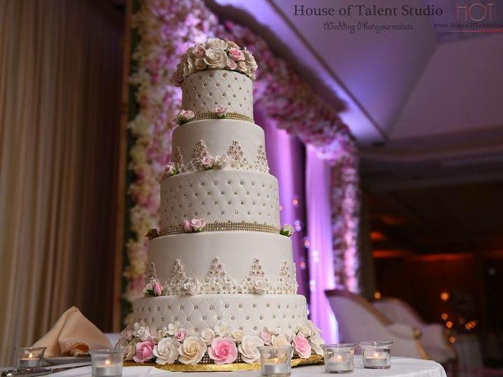 Tmx Img 5713 51 679133 157927914285127 Englishtown wedding cake