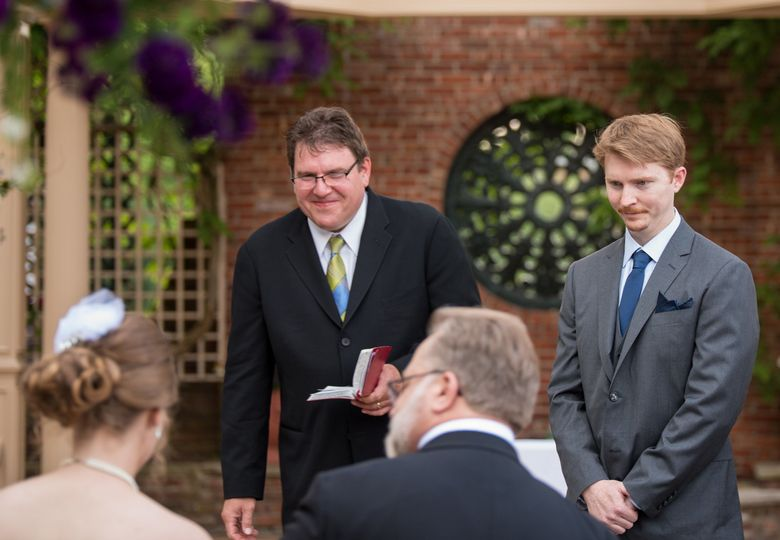 Meeting the bride