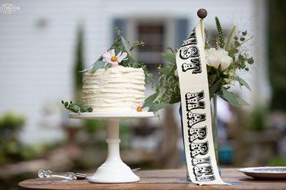 Sweet cutting cake!
