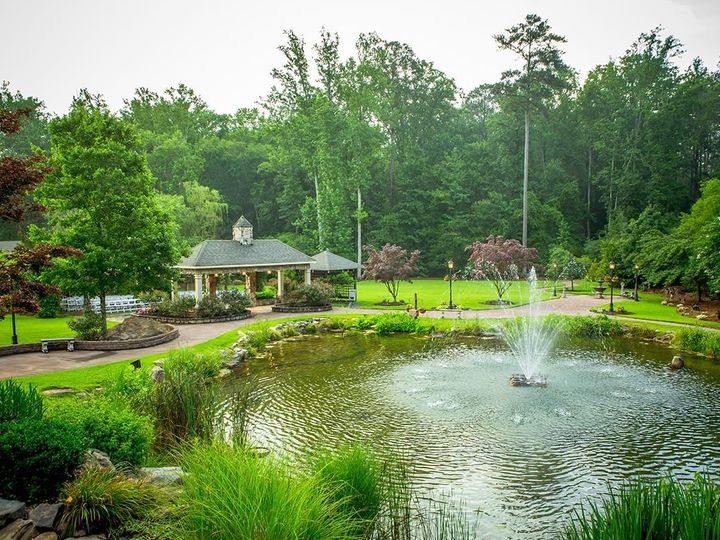 Tmx 1534005932 E7022ef2a3914f16 1534005930 24be48235c6e4863 1534005929536 36 Pond With Pergola Tyrone, GA wedding venue