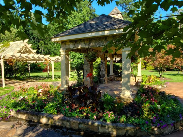 Tmx Sideview Pergola Arbor Branches Fabulous 51 2233 159620628998431 Tyrone, GA wedding venue
