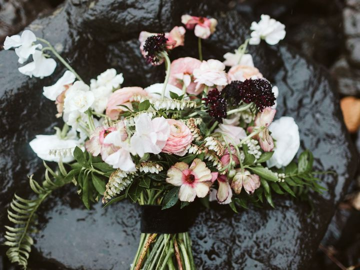 Tmx 1521477011 3464db72e41e135c 1521477009 136125335543dc5e 1521477008153 5 Ellina JoeStyledSh Anacortes, Washington wedding florist