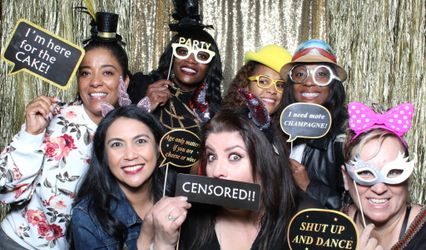 Ohh Snap Photo Booths by Bell and Mel