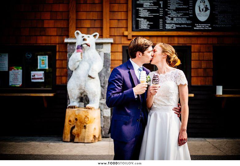 alyssa and nick wedding at the barn at lord howe valley 20 51 155233 v3