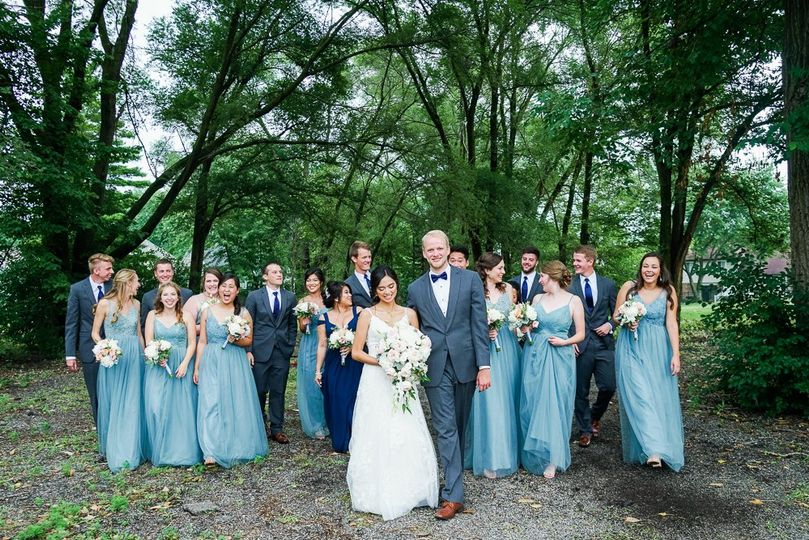 bridal party 16 51 737233