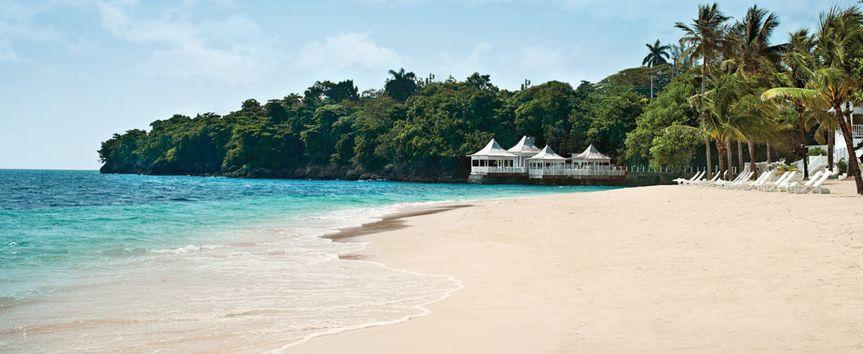 beach bayside restaurant