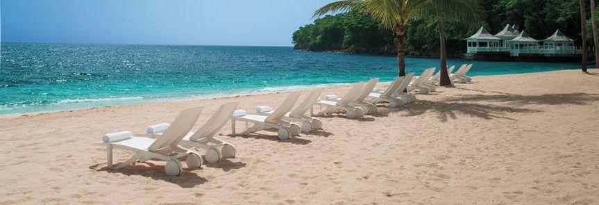 beach chairs wide