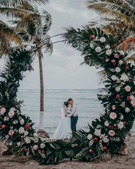 Tropical romantic