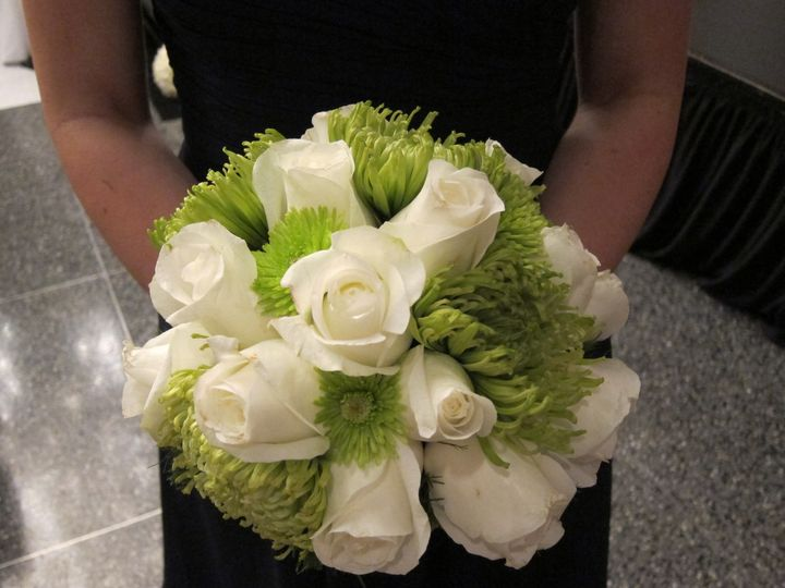 green and white wedding 7
