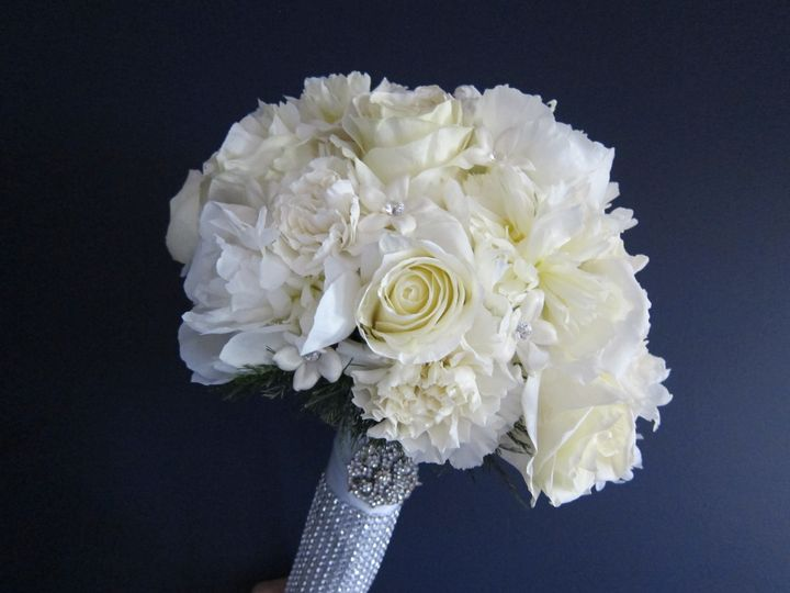 white peony and rose bouquet 2