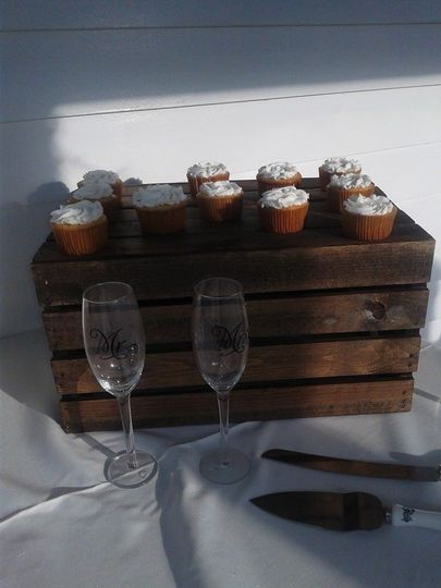 rosette wedding cupcakes