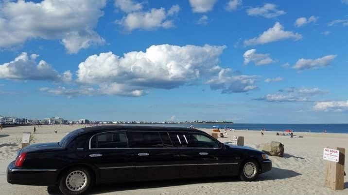 Tmx 1490237340772 Fbimg1449283083835 Salisbury wedding transportation