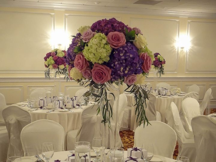 Tmx 1452115584801 Dsc05640 1 Edison, NJ wedding florist