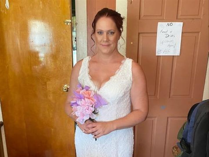 Tmx Img 8490 51 1979433 159959377839135 Lancaster, NY wedding officiant