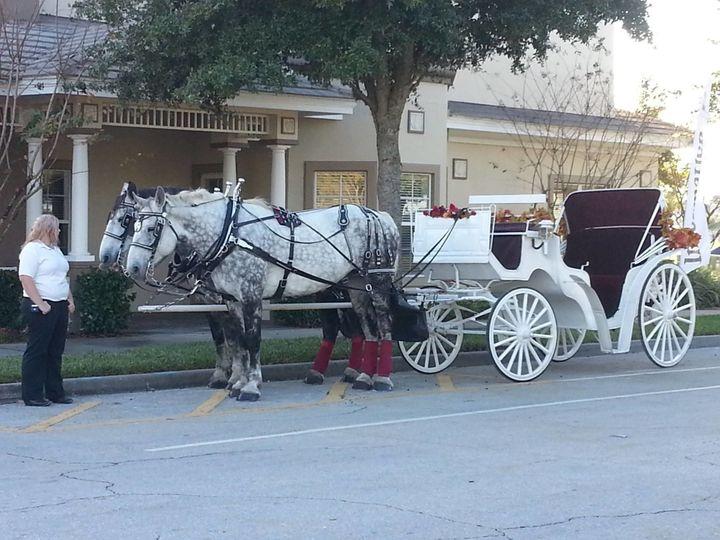 Tmx 1518626818 E71d0dd5733141ae 1518626817 6dd819e0d56ef47b 1518626822820 6 10679766 102992193 Palm Bay, Florida wedding transportation