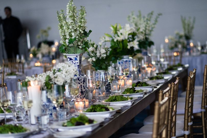 Long table setting with centerpice