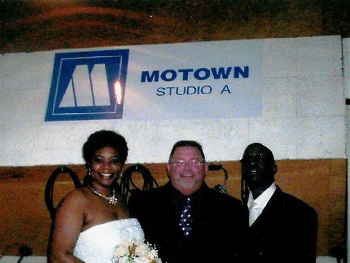 Tmx 1336741022831 ThomasWeddingMotown2007enlarged Frankenmuth wedding officiant