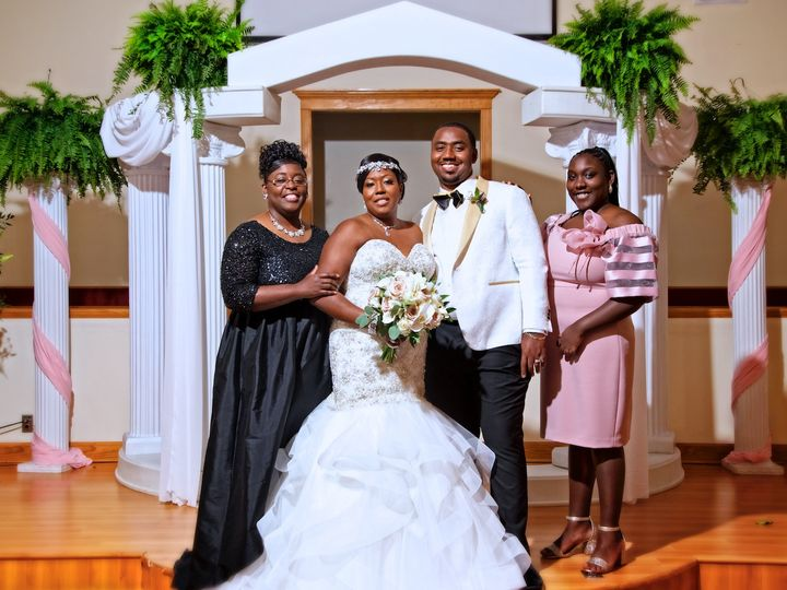 Tmx H 148 51 1553533 1571288081 North Augusta, SC wedding planner