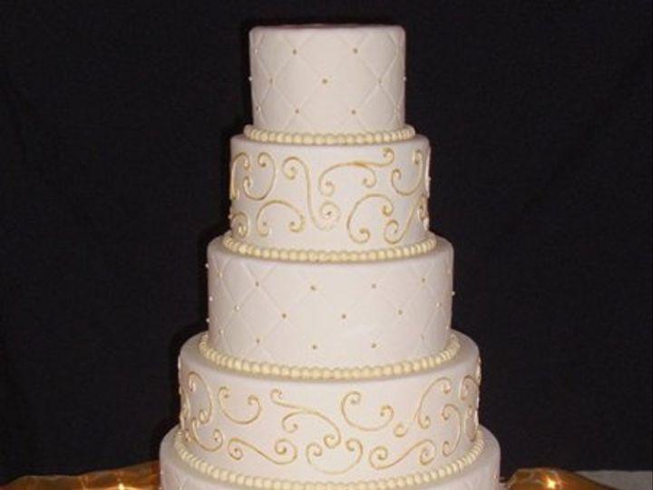 Tmx 1334620624337 IvoryandGold8 Chino Hills wedding cake