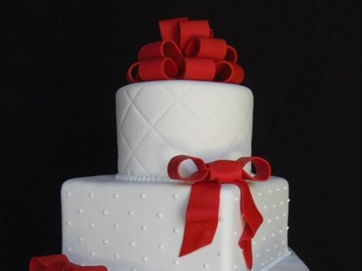Tmx 1334620637368 RedBowWedding1 Chino Hills wedding cake