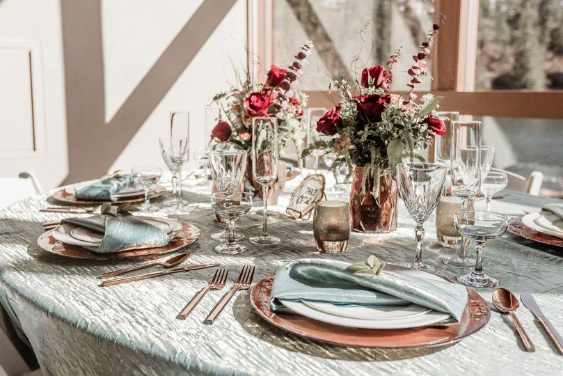 Table: LoveLight Photography