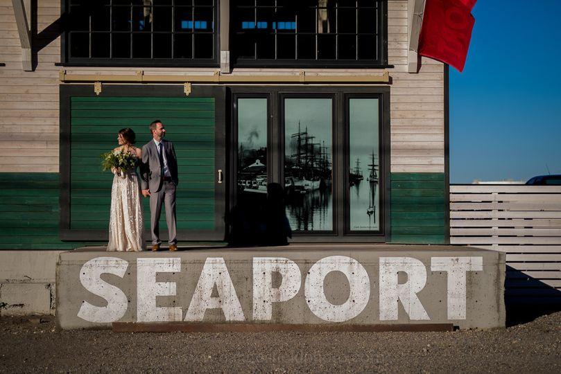 Amelia & Brian @ Foss Waterway Seaport Steven Dangerfield Photographer