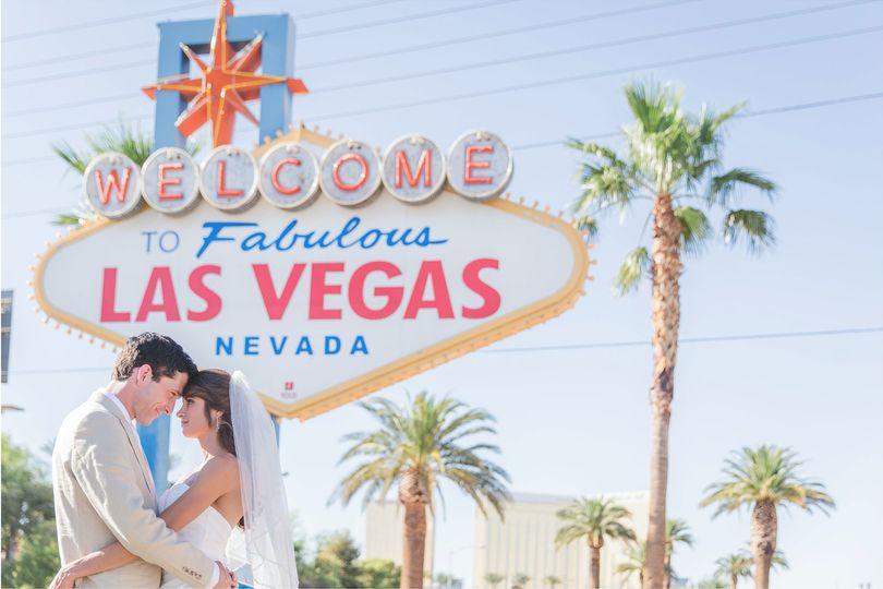 800x800 1462900144019 Cili At Bali Hai Las Vegas Wedding