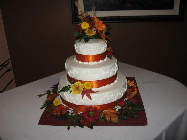 Tmx Mom And Cakes 009 51 84633 1564626742 Salem, OR wedding cake