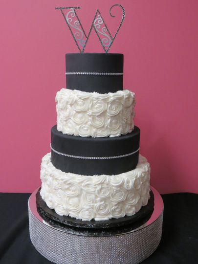 Party Cakes And Decorating Supplies Wedding Cake Utica Mi