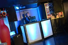 Johnny B Good Wedding & Event DJ Entertainment