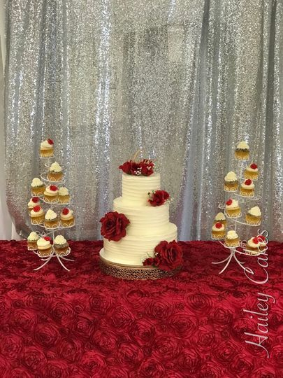 Rustic red rose and cupcakes