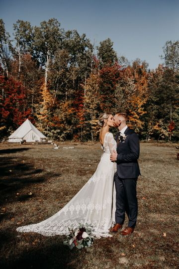 New Hampshire Glamping Wedding