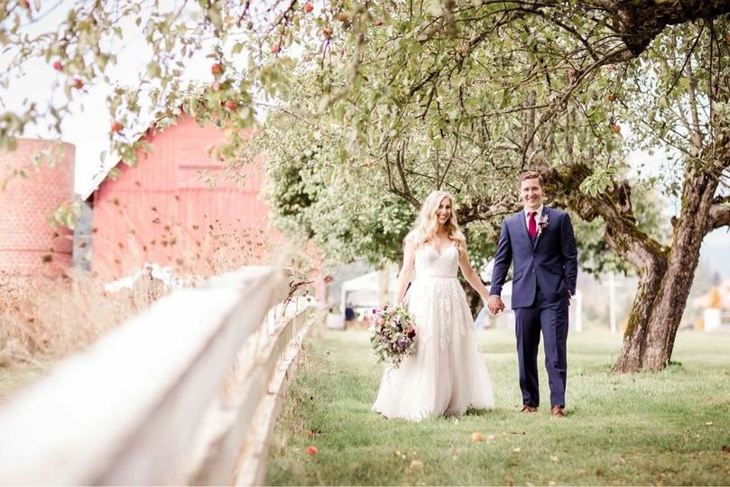 One of our beautiful 2017 couples! Go check out their stunning wedding video on the Adeline Farms...