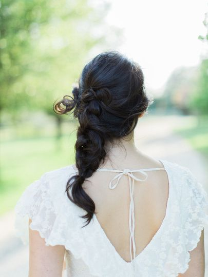 Side swept hair | Carrie Coleman Photography
