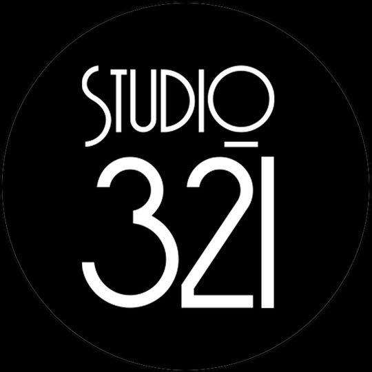 studio 321 black circle logo larger 51 1029633