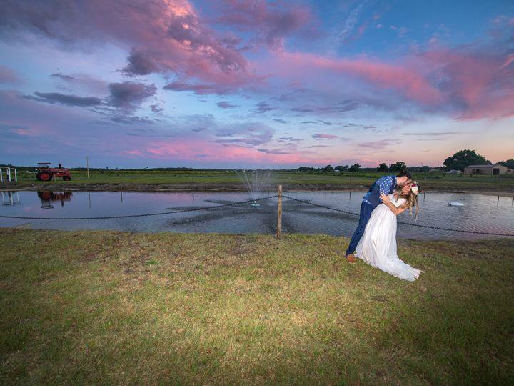 Tmx Colmenaresphotography1 51 1011733 160921579454310 Mims, FL wedding venue