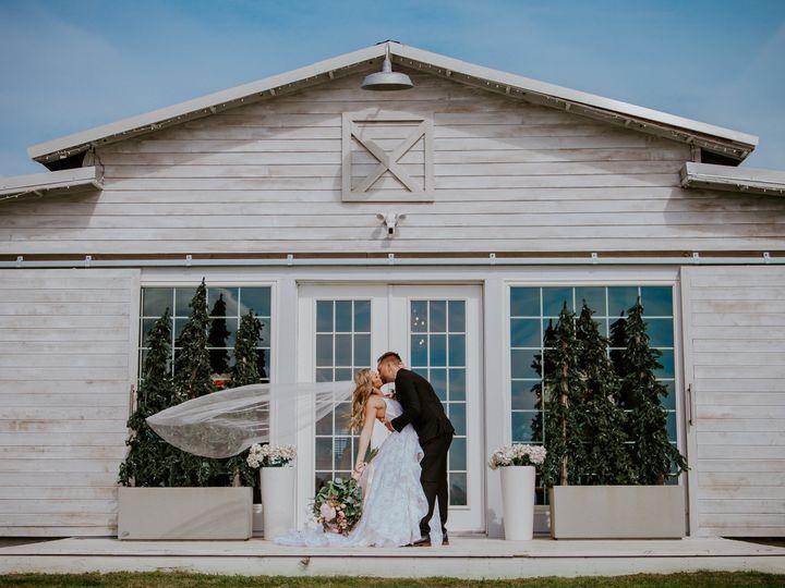 Tmx Img 9056 51 1011733 161132441772379 Mims, FL wedding venue