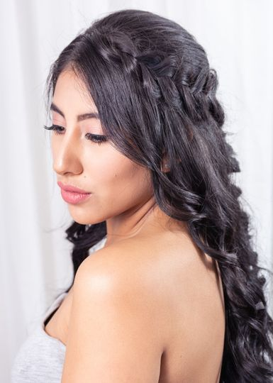 Chic half-up hair style