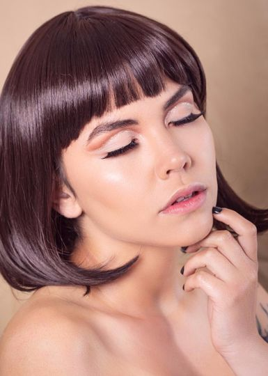Soft glam makeup look