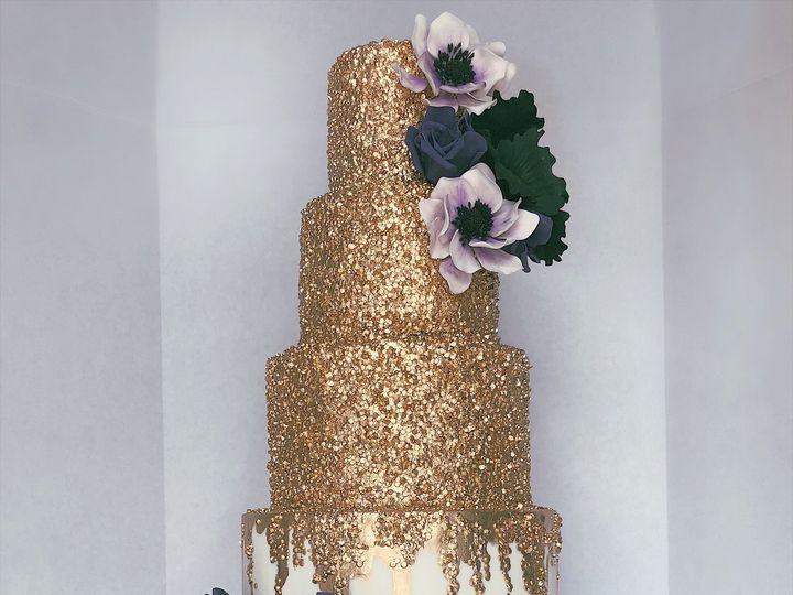 Tmx 5272beef Ca07 4c03 Aa75 8d9a213acf04 51 605733 V1 Dracut, MA wedding cake