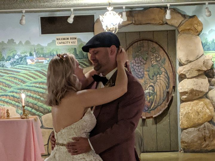 Tmx Img 20190622 185618 51 1035733 1563344160 Santa Barbara, CA wedding dj