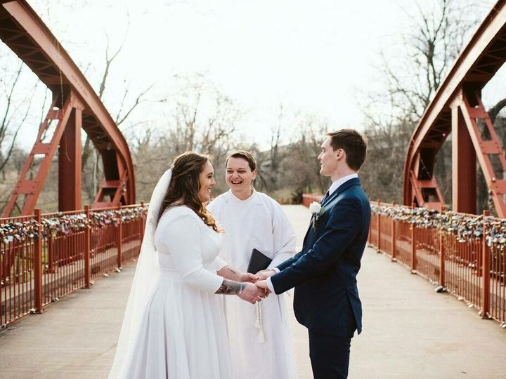 Tmx C9bd4c77 Bc73 49b0 84d5 A6ff641be291 51 1986733 160156350366655 Kansas City, MO wedding officiant