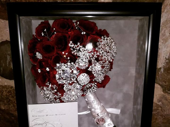 Tmx Favorites 7 51 1289733 1564586189 Holly, MI wedding florist