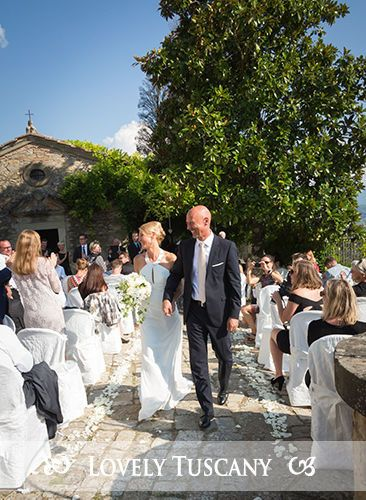 Lovely Tuscany - open air wedding in Tuscany