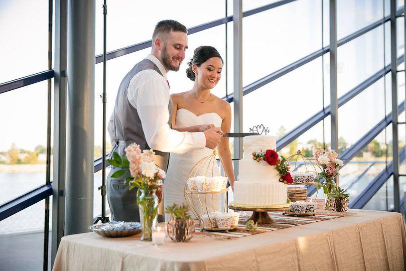 d0c7311ff75e2e58 1478922947477 wedding365
