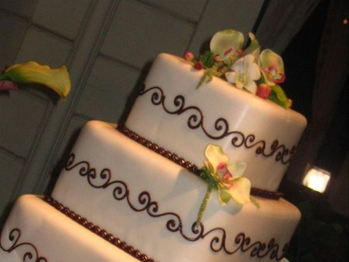 Tmx 1233200026421 Michelle%27sweddingCake Somerville wedding planner
