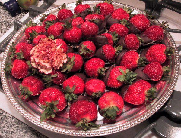 Tmx 1229264569225 Choc.Strawbs Bridgeport, CT wedding catering