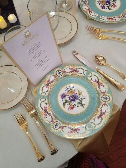 Royal themed table setting