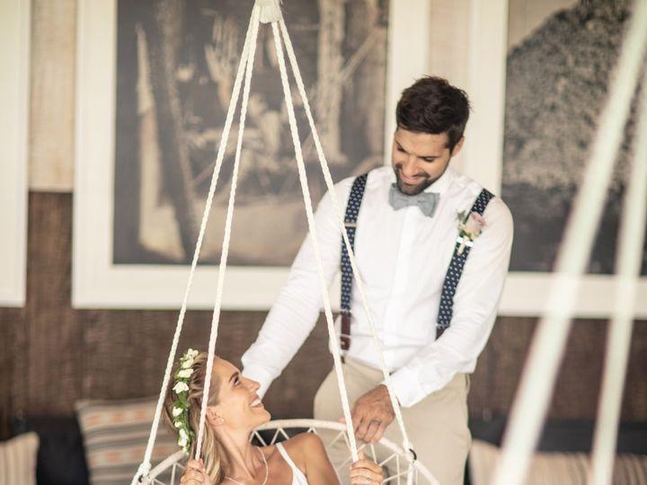 Tmx Unico Tipi Swingin Chairs Edited 51 1551833 159172513367231 Rogers, MN wedding travel