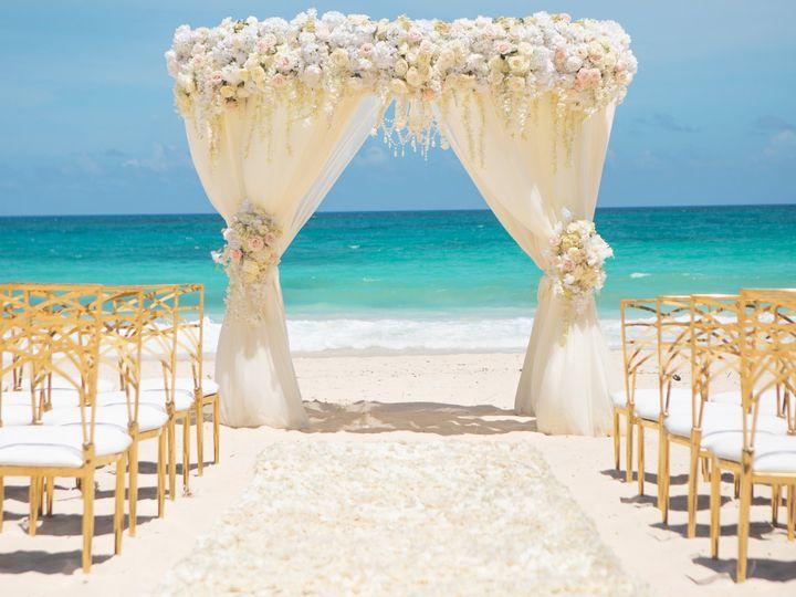 Tmx Weddinginspiration Lavishdaydream Ceremony Structure Edited 51 1551833 159172526096330 Rogers, MN wedding travel